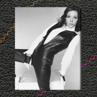 31 Heroines of March 2010: Emma Peel
