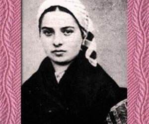 31 Heroines of March 2010: St. Bernadette