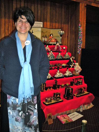 Ashley E Remer at Hina Matsuri exhibition at the Auckland New Zealand 'Taste of Japan' festival in August 2010.