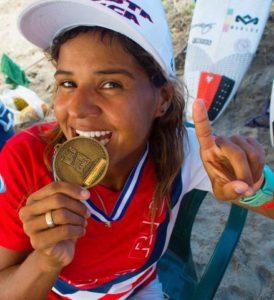 Lisbeth Vindas Diaz with a gold medal
