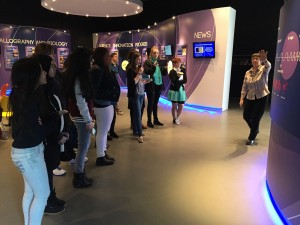 Students learning about X-Rays in the ESRF visitor centre.