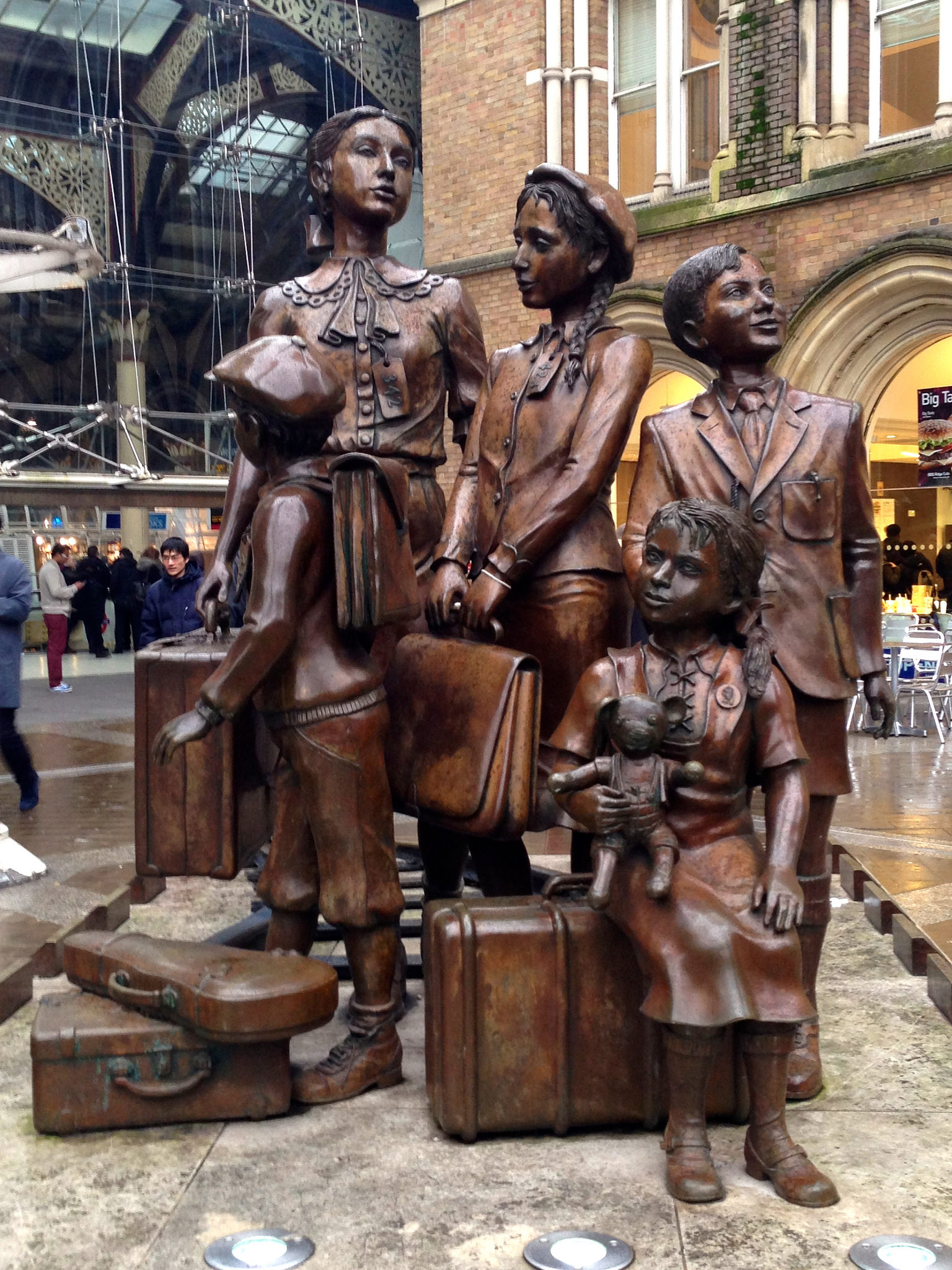 Memorial at Liverpool for Kindertransport children