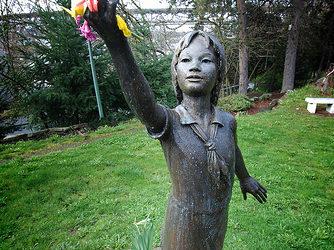 Landscapes of Girlhood: Seattle Peace Park