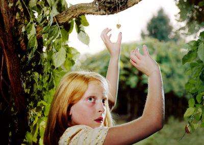 Holly Andres, The Heart Shaped Locket, Sparrow Lane