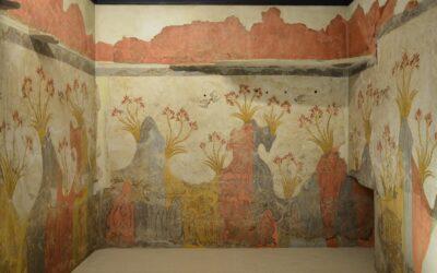 Presentations of Girlhood and Womanhood in Ancient Minoan Frescoes